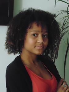 Larisa da Graça Gomes (24)